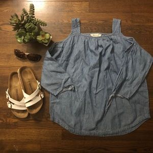 Madewell Chambray Cold Shoulder Top, size S